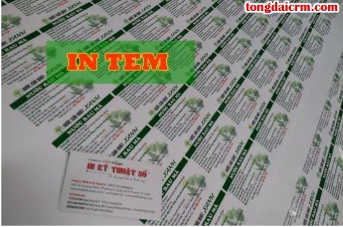 In tem decal PP giá rẻ làm tem nhãn dán chai nước tại Công ty TNHH In Kỹ Thuật Số - Digital Printing